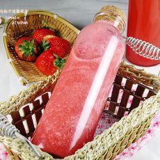 鲜榨草莓汁