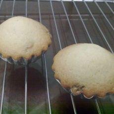 健康简单葡萄干小蛋糕