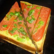 烤火腿奶酪三明治