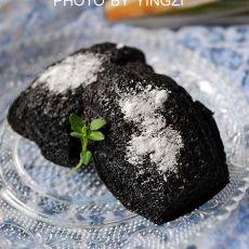 竹炭玛德琳蛋糕