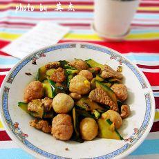 黄瓜猪肉炒鱼丸