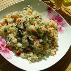 胡萝卜玉米炒米饭