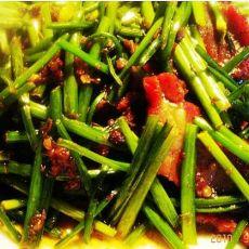XO酱炒叉烧韭菜花的做法