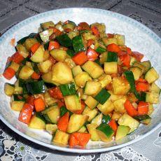 酱爆黄瓜胡萝卜的做法