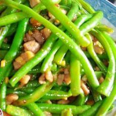 酱炒手撕豇豆的做法