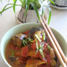 西红柿炖鱼的做法