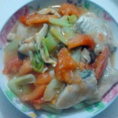 西红柿炒鱼块的做法