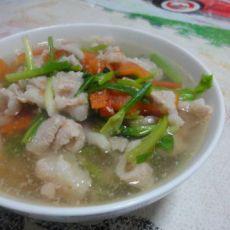猪肉番茄汤的做法