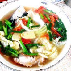 番茄煮鱼头汤