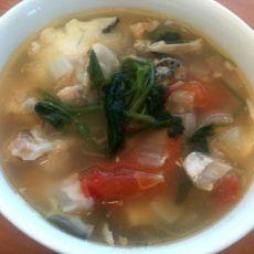 番茄菠菜三文鱼头汤
