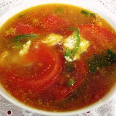 西红柿鸡蛋辣椒汤的做法