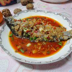 软烧酸菜鲫鱼
