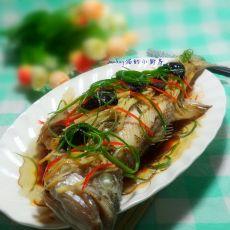 油榄角蒸鲈鱼