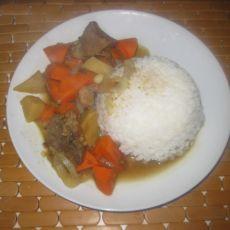 咖喱土豆胡萝卜饭的做法