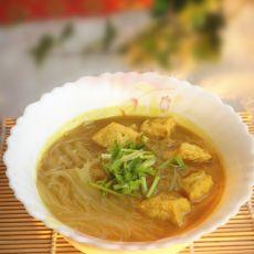咖喱油豆腐粉丝汤