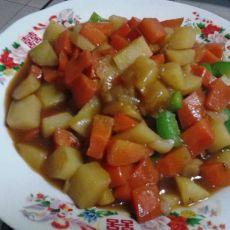 咖喱土豆炖胡萝卜