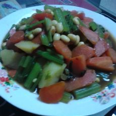 咖喱炖土豆胡萝卜块的做法
