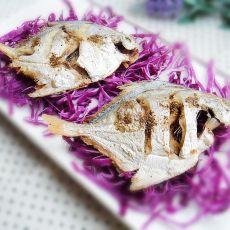 烤平鱼的做法