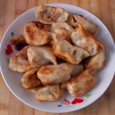孜然粉煎剩饺子