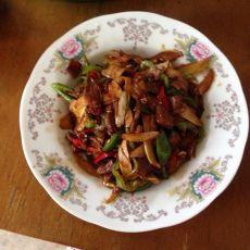 茭白辣椒炒肉片的做法