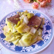 血豆腐炒圆白菜的做法