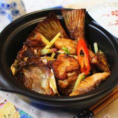 葱姜�h鱼头尾的做法