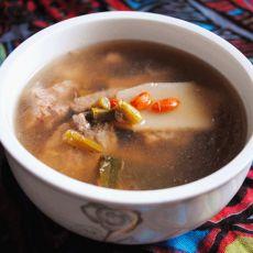 石斛淮山杞子瘦肉汤的做法