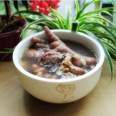 眉豆花生鸡脚汤的做法