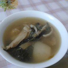 菜干白萝卜煲咸猪骨