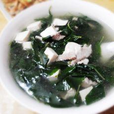 枸杞叶豆腐瘦肉汤的做法