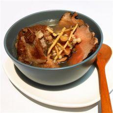 土茯苓茅根炖猪骨的做法