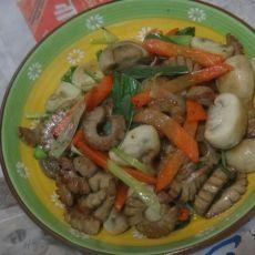 红箩卜蘑菇炒腰花