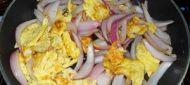 洋葱炒蛋的做法步骤:5