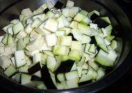 香辣肉末茄丁的做法步骤:2