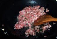 香辣肉末茄丁的做法步骤:3