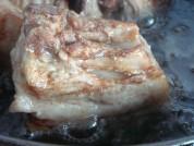 梅菜蒸扣肉的做法步骤:5