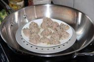 茄汁肉圆的做法步骤:2