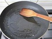 玉米粒炒肉泥的做法步骤:5