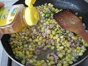 玉米粒炒肉泥的做法步骤:11