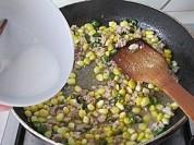 玉米粒炒肉泥的做法步骤:12