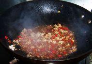 酸辣开胃的肉末酸豆角的做法步骤:6