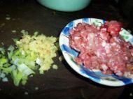 酸辣开胃的肉末酸豆角的做法步骤:1