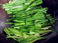 韭菜炒鸡胗的做法步骤:6