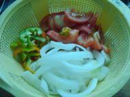 杂蔬炒牛肉的做法步骤:2