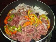杂蔬炒牛肉的做法步骤:6