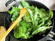 蒜蓉木耳菜的做法步骤:4