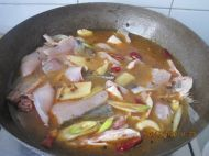 麻辣鱼锅的做法步骤:5