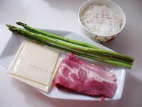 芦笋培根炒饭的做法步骤:1