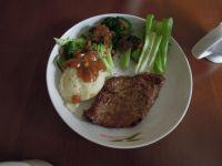 黑椒牛排配土豆泥的做法步骤:11