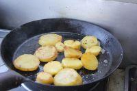 香煎土豆的做法步骤:9